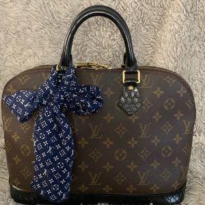 Handbags - Alma Pm